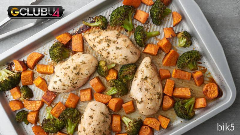 Chicken-Sweet Potato-Broccoli Sheet-Pan Dinner